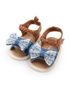 4e3fe5fbb7c4 Beautiful baby girl sandals Vintage yet trendy look Hook   Loop closure for  quick and easy changing Combination of great style and comfort Please see  size ...