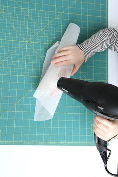 papier de soie et bougie personnalisée
