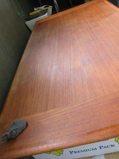 I bought a Danish teak dining table that was nicely restored by the seller with 3 layers of Danish oil. Teak Dining Furniture, Teak Wood Furniture, Teak Table, Wood Furniture, Refinishing Kitchen Tables, Kitchen Table Wood, Painted Furniture, Teak Dining Table, Refinishing Furniture
