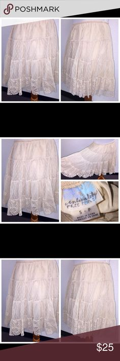 FREE PEOPLE IVORY LACE OVERLAY SLIP SKIRT SZ S FREE PEOPLE IVORY LACE OVERLAY SLIP SKIRT SZ S. Waist is elastic and measures 26-34 inches. Length is 17 inches.  102517-4 drnerds Free People Skirts