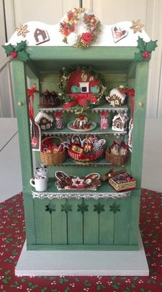 Christmas Market Stall  (there is a LOT of work in this project)