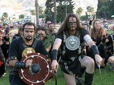 Ya están llegando, del 19 al 28 de septiembre Fiestas de Carthagineses y Romanos, este año con un programa especial para celebrar su XXV aniversario. Vive 'Una Historia de Película' => http://www.murciaturistica.es/es/evento/carthagineses-y-romanos-M418238/?utm_source=Pinterest&utm_medium=Redes%20Sociales&utm_campaign=carthagineses%20y%20romanos