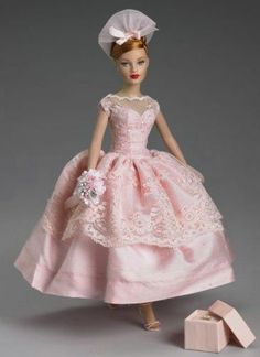 """Tonner Tiny Kitty Collier Maid of Honor 10"""" Doll"""