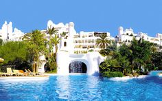 Hotel Jardin Tropical in Costa Adeje Tenerife, First Class Hotel, Hotel Meeting, Travel Expert, Park Hotel, Best Hotels, Great Places, Water, Gardens
