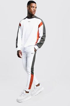 MAN Sweater Tracksuit With Contrast Panels - boohooMAN Source by Mens Sweat Suits, Mens Tracksuit Set, Sport Fashion, Mens Fashion, Track Suit Men, Suits For Sale, African Men Fashion, Moda Fitness, Apparel Design
