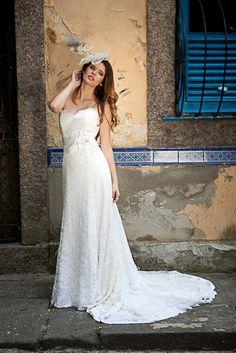 Vestido de Noiva de Carol Hungria (Viviane), corte reto, decote coração, longo
