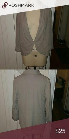 VS light gray slouchy work blazer Nice work blazer with invisible hook and pockets Victoria's Secret Jackets & Coats Blazers