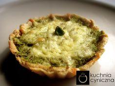 Mini-tarta with pistachio mousse.