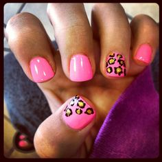 Cheetah & pink nails