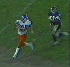 Tight end RON EGLOFF (85)--September 11, 1978