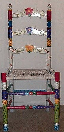 Great Painted chair – always wanted to do one of these – maybe my artist daughter, Kristina, could do one for me? The post Painted chair – always wanted to do one of these – maybe my artist daughter, Kri… appeared first on Home Decor Designs . Whimsical Painted Furniture, Hand Painted Chairs, Hand Painted Furniture, Funky Furniture, Paint Furniture, Repurposed Furniture, Furniture Makeover, Painted Tables, Decoupage Furniture