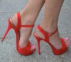 Sexy Legs And Heels, Hot Heels, Strappy Heels, Stiletto Heels, Stilettos, Red High Heels, Platform High Heels, Talons Sexy, Pantyhose Heels