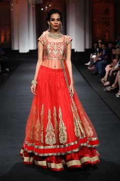 Jyotsna Tiwari Couture Collection at India Bridal Fashion Week 2012