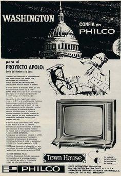 Televisor Townhouse de Philco. Año 1964. En aquellos años todo lo relacionado con la conquista del espacio estaba de moda.