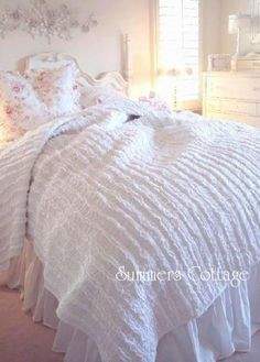 TWIN BED QUILT SHABBY COTTAGE CHIC---Darn it!! They don't have a king!