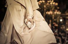 Stella McCartney Spring 2015 Ready-to-Wear Fashion Show Spring 2015, Spring Summer Fashion, Ss15 Trends, Ss 15, Stella Mccartney, Ready To Wear, Fashion Show, Raincoat, Vogue