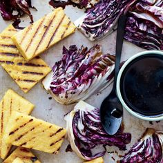 For a summer bbq. Grilled Polenta and Radicchio with Balsamic Drizzle - Vegan Vegan Grilling, Grilling Recipes, Wine Recipes, Grilled Polenta, Ceramic Baking Dish, Polenta Recipes, Cereal Recipes, Going Vegan, The Fresh