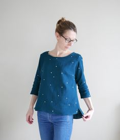Linette by Marisa mlm patrons Sewing Shirts, Sewing Clothes, Diy Clothes, Clothes For Women, Sport Outfits, Casual Outfits, Make Your Own Clothes, Couture Tops, Textiles