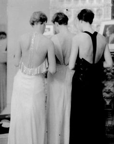 A backless column gown is the ultimate exit dress. Berlin, 1932  #CocktailHour