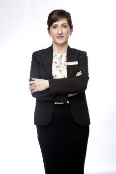 Toñi Quesada es la directora de Administración y Contabilidad en nuestra clínica dental.