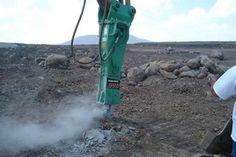 Serminter, venta de martillo hidráulico modelo M900 marca Montabert para producción en mina de cantera y basalto
