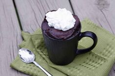 nutella mug cake. This takes about three minutes to make and bake. I wonder if there are some non-nutella versions of this? I can't trust myself with nutella in the house. Mug Recipes, Sweet Recipes, Cooking Recipes, Yummy Snacks, Yummy Treats, Yummy Food, Delicious Meals, Single Serve Desserts, Food Cakes