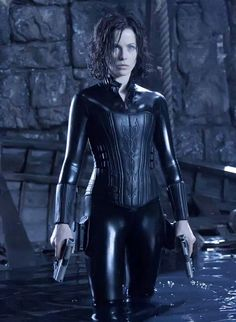 What do people think of Kate Beckinsale? See opinions and rankings about Kate Beckinsale across various lists and topics. Underworld Film, Selene Underworld Costume, Underworld Characters, Underworld Vampire, Film Pearl Harbor, Underworld Kate Beckinsale, Female Vampire, Films Cinema, Cosplay Costume