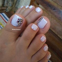 115 pretty nails light up on your fingertips to give you a cool summer 41 Pedicure Designs, Pedicure Nail Art, Toe Nail Designs, Manicure And Pedicure, Toe Nail Color, Toe Nail Art, Nail Colors, Pretty Toe Nails, Cute Toe Nails