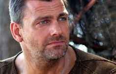 Black Sails: Ray Stevenson é escalado para terceira temporada