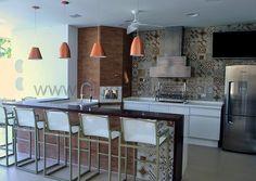 Resultado de imagem para cozinhas de casas integradas com areas gourmet