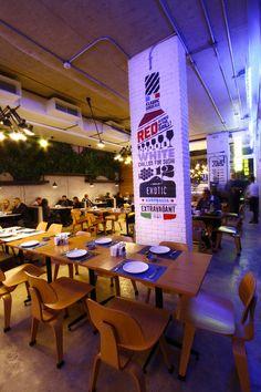 COZMO Café / Branding by Wondereight , via Behance