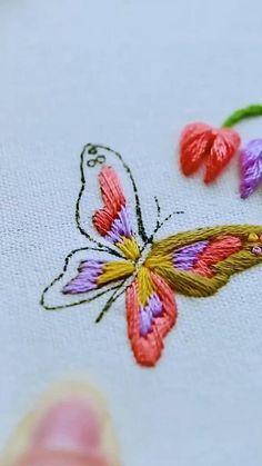Hand Embroidery Design Patterns, Crochet Edging Patterns, Creative Embroidery, Flower Embroidery Designs, Simple Embroidery, Hand Embroidery Stitches, Embroidery Techniques, Embroidery Stitches, Cute Cross Stitch
