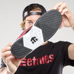 "The @etniesskateboarding red #Aventa - ""The longest lasting shoes I've ever skated"" - @Lynsie Shackelford #etnies"