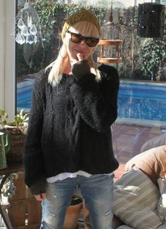 DIY ....... Mon Pull tout doux ....... Diy Crochet Poncho, Knit Crochet, Knitting Patterns Free, Free Knitting, Knitwear, Autumn Fashion, Pullover, How To Wear, Clothes