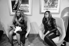 Beyonce and mom Miss Tina at the Super Bowl 2016 backstage photos