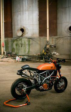 KTM 950sm modified.  #vintage #motorbike #menswear #style   #cafe #racer   www.eff-style.com