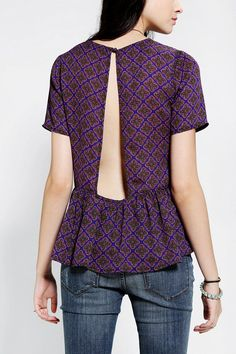 Lucca Couture Open-Back Ruffle-Hem Top - Urban Outfitters