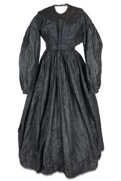 Mourning dress from around 1860. It belonged to a Lizzie Smith from Matthews County, Virginia.