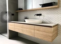 New Images Modern Bathroom storage Tips As the cold-weather months loom forebodingly on the horizon, do it yourself in addition to style upg Bathroom Vanity, Bathroom Layout, Contemporary Bathrooms, Bathroom Interior, Bathroom Design Small, Wooden Bathroom Storage, Contemporary Bathroom Designs, Bathroom Interior Design, Contemporary Bathroom