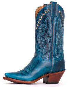 Ladies, In need of some eye-catching boots? These turquoise Justin boots are show stoppers. Blue Cowboy Boots, Blue Boots, Cowboy Hats, Justin Boots, Western Wear, Western Boots, Boot Scootin Boogie, Bota Country, Wide Calf Boots