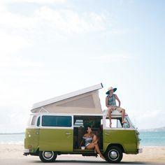 Vintage VW Bus | Green VW Camper Van | Hanahou Campers | Rent a Vintage VW Bus on Oahu | Kailua Beach | Travel Guide to Oahu via @elanaloo + elanaloo.com