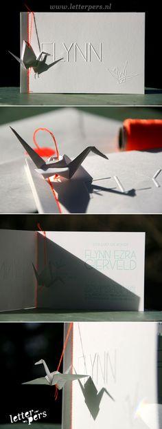 letterpers_letterpress_geboortekaartje_Flynn_kraanvogel_fluor_neon_origami