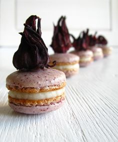 mushitza: Hibiscus Macarons with Mascarpone-Butter Cream