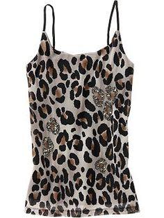 lovely leopard. Black skirt+fuchsia lipstick?