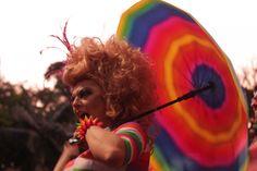 Revolta da Lâmpada: iniciativa defende a liberdade individual do corpo e defende bandeiras de grupos LGBT, da mulher e de minorias criminalizadas.