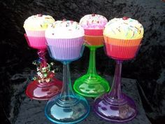 Cupcake topper stand