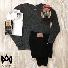 Maglione, Camicia, Jeans, Calzini e Orologio!! Outfit completo! Tutto questo sullo Shop On-Line