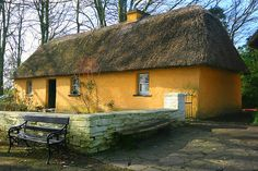 Irish Thatched Roof Cottage in Bunratty Folk Park, Ireland