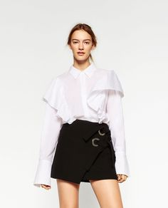 I FREAKIN NEED THIS SKIRT OMG!!!  MINI SKIRT WITH BOWS