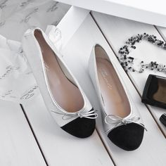 Lovely Flats #SanteWorld #SanteSS17 Available in stores & online (SKU-95301): www.santeshoes.com